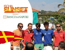 La Canottieri Napoli domina l'Ischia Sunset Triathlon 2013
